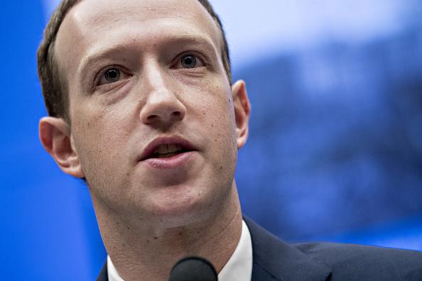 Mark Zuckerberg defiende el modelo económico de Facebook 944799002