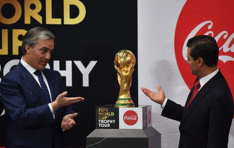 Llega la Copa del Mundo de Rusia 2018 a México y EPN la levantó epnc