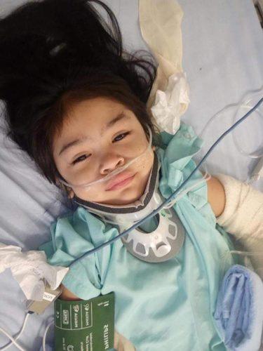 ¿Suerte? Una niña sobrevive a caída de 12 metros nintchdbpict000398436585-375x500