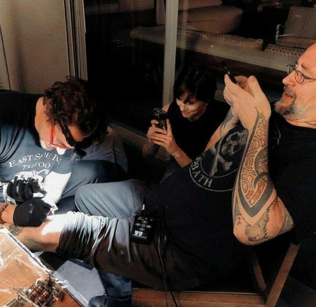 """Los Vengadores se tatúan tras éxito en """"Infinity War"""" 31964210_2565960616807759_3578282295343185920_n"""
