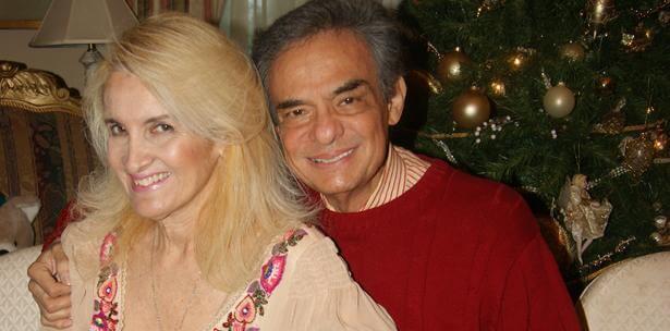 Por cuestiones medicas, José José y su esposa tienen que vivir separados joseyesposa
