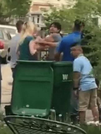 Captan insultos racistas contra familia hispana en Estados Unidos Captura-de-pantalla-2018-07-15-a-las-17.05.49