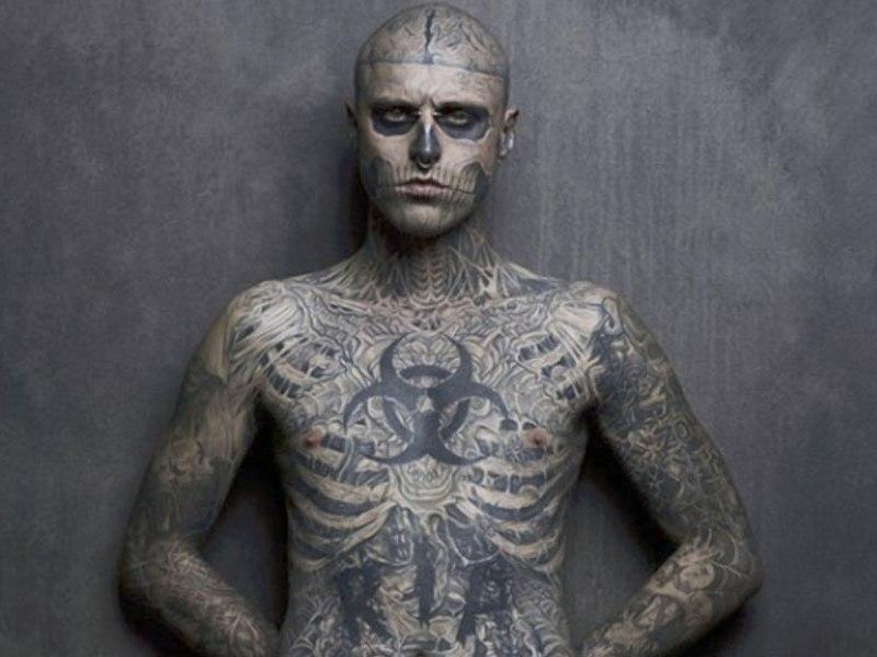Gaga se disculpa por sus condolencias a Zombie Boy