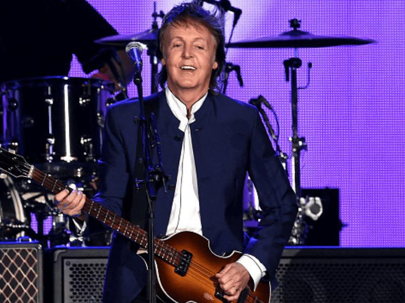 Paul McCartney dio un concierto sorpresa