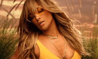 Jennifer Lopez posó semidesnuda