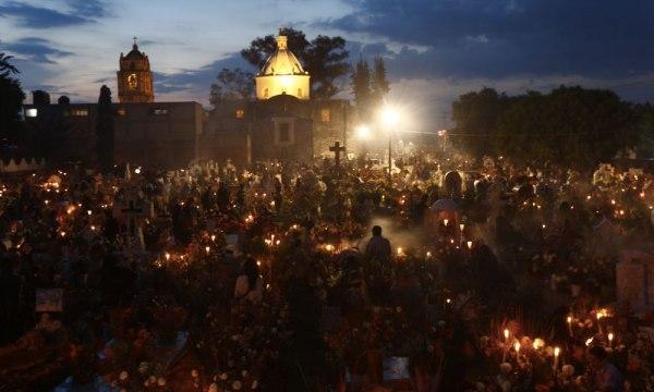 Cinco cosas qué hacer en Día de Muertos Mixquic-600x360