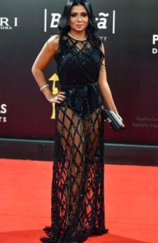 Ya no perseguirán a la actriz egipcia del vestido transparente Rania-Youssef-Dress-325x500