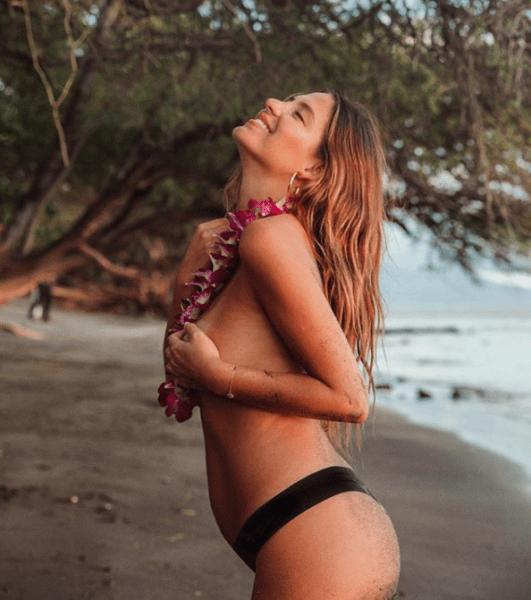 La novia de 'Chicharito' posó al natural para presumir su embarazo Captura-de-pantalla-2019-01-23-a-las-13.22.33