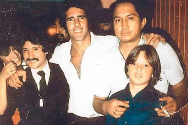 Andrés García reveló secreto sobre Lusito Rey y Marcela Basteri tuseriefavoritaandresgarciareapareceenlavidatelevisivadeluismiguel-b0ae26208536183df51c2bda7e774c39-1200x800-600x400