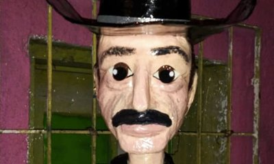 piñata de Sergio Goyri