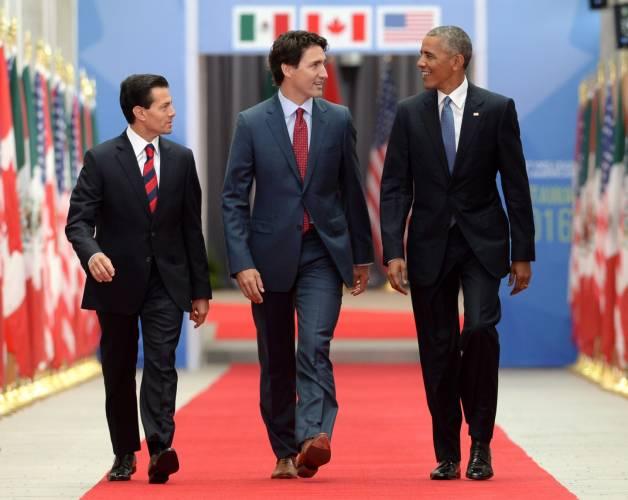 Enrique Peña Nieto usó zapatos de tacón y filtran imágenes Tres