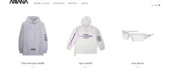Ariana Grande y la NASA lanzaron una edición especial de 'merchandising' ariana-2-600x254