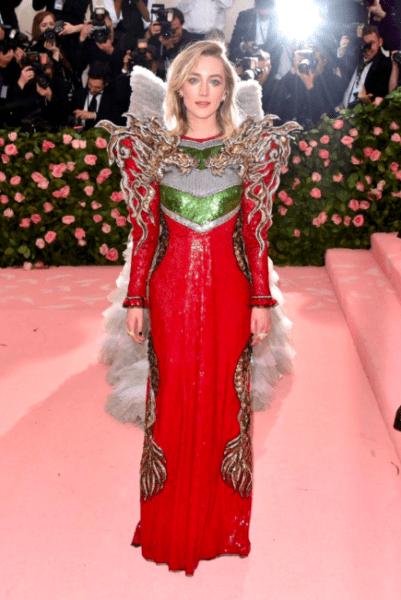 La moda llegó a Nueva York con los outfit de la 'Met Gala 2019' Captura-de-pantalla-2019-05-06-a-las-19.16.49