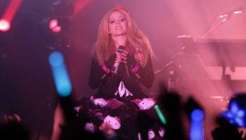Avril Lavigne saldrá de gira