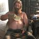'Thor gordo' cantó un tema de Johnny Cash