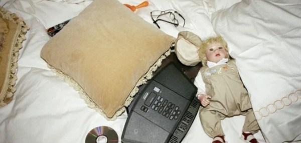 Jeringas, medicina y una muñeca: las fotos del cuarto de Michael Jackson michael-jackson-1-600x285