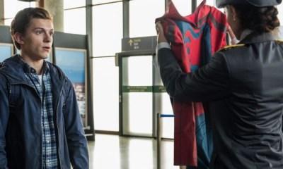 'Mysterio' aparece en el aeropuerto cuando 'Peter'