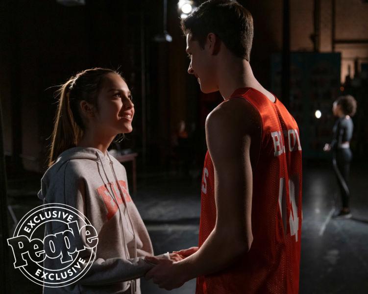 ¿Troy y Gabriella? Así se ven los protagonistas de la nueva serie de 'High School Musical' high-school-musical-4