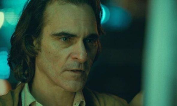 Joaquin Phoenix abandona entrevista