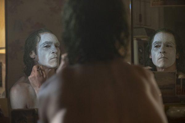 Nuevas fotos de 'Joker' revelan si habrá o no cameo de Jack Nicholson joker-movie-joaquin-phoenix-image-600x400