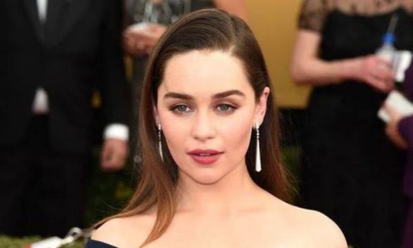 Emilia Clarke rompe el silencio sobre el final de 'Game of Thrones' Emilia-Clarke-hablo%CC%81-sobre-el-final-de-Game-of-Thrones-600x360
