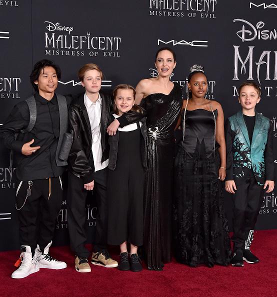 Angelina Jolie se apoderó de la alfombra roja de 'Maleficent: Mistress of Evil' Maleficent-005