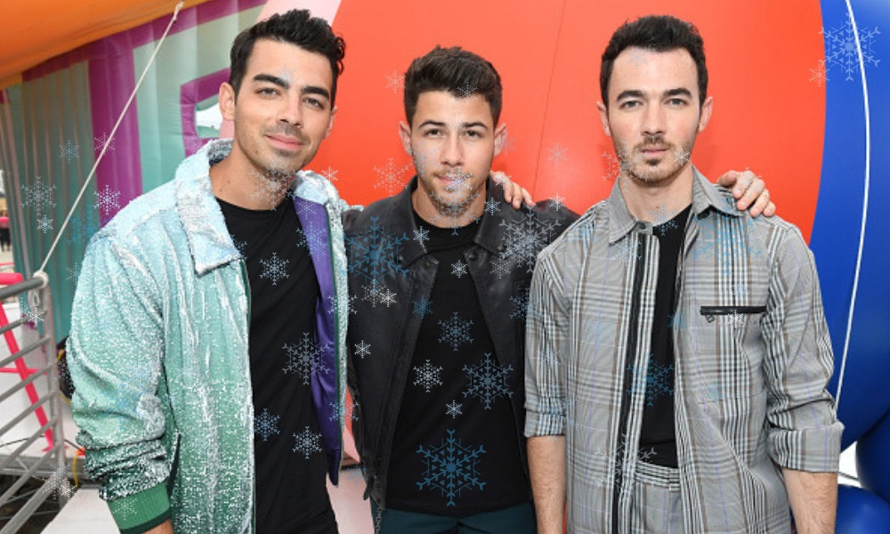Jonas Brothers estrenaron una canción navideña
