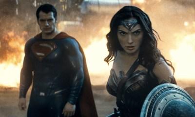 Superman y Wonder Woman pueden levantar el Mjolnir