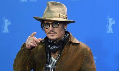 Fans de Johnny Depp agradecen a JK Rowling