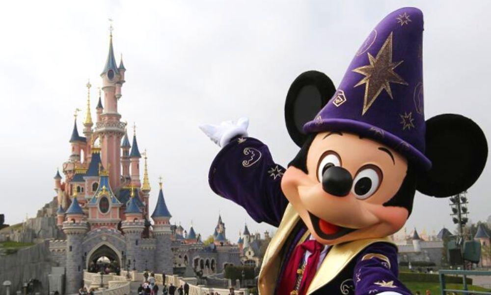 Disney cerró parques por alerta de coronavirus