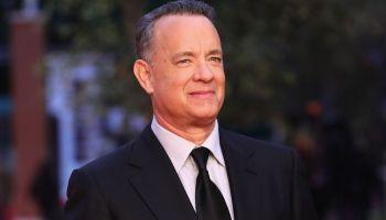 Tom Hanks compartió imágenes donando sangre