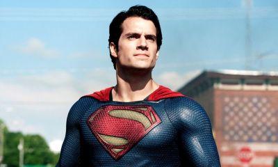 traje negro de Superman en 'Man of Steel'