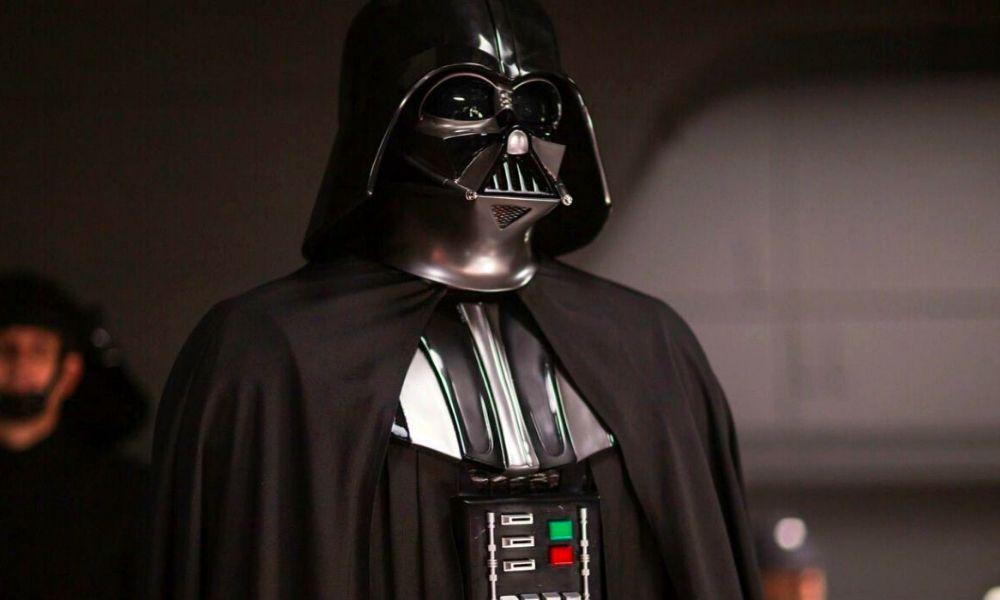 general Karbin estaba obsesionado con Darth Vader