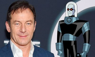 Jason Isaacs como Mr. Freeze