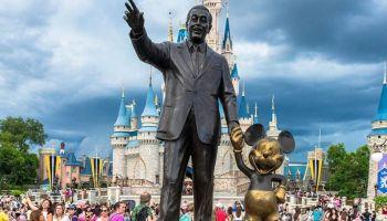 petición para que Disneyland permanezca cerrado