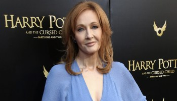 Venta de libros de J K Rowling ha caído