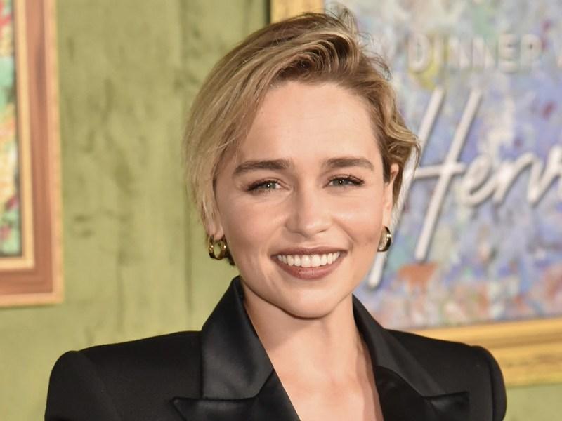 Por qué Emilia Clarke se cortó el cabello