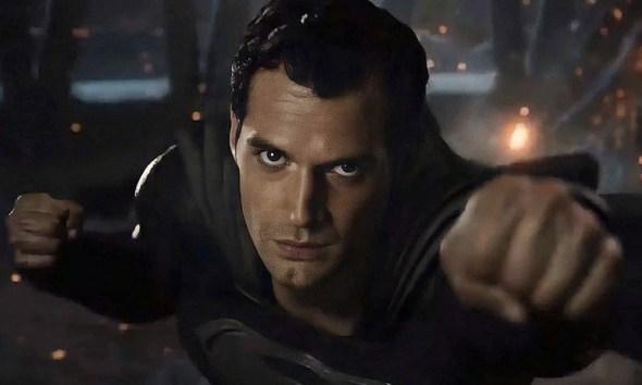 Zack Snyder opina sobre restaurar el SnyderVerse