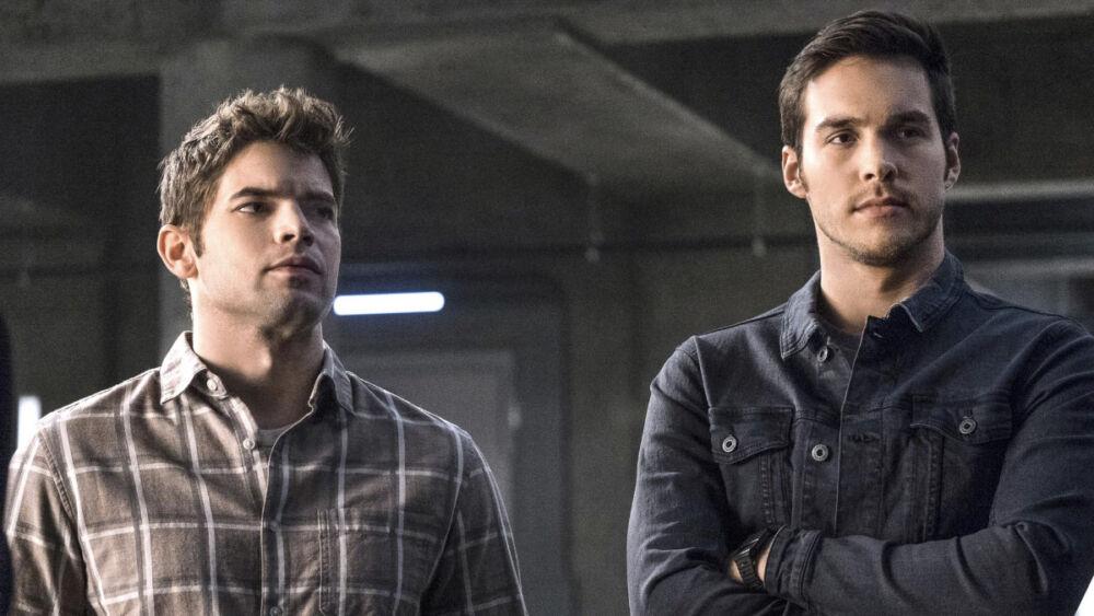 ¡Regresa la Legión! Participarán Jeremy Jordan y Chris Wood en el final de 'Supergirl'