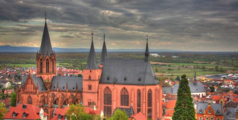 Die Katharinenkirche zu Oppenheim(Foto: pixabay/simschmidt)