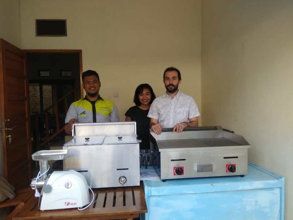 Ibu Rima - Bandung - Meat Grinder - Deep Fryer - Grill
