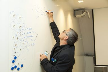 Wolfgang Irber beim Graphic Recorden