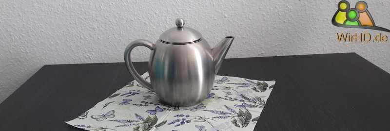 Teekanne aus Edelstahl.