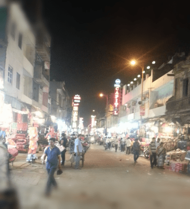 The main bazaar road, our hostel was close by