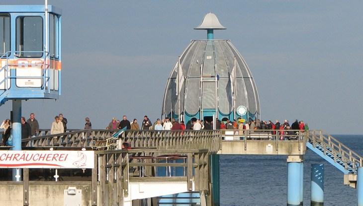 Eintauchen in die Welt des Meeres: Die größte Tauchgondel Europas befindet sich in Sellin