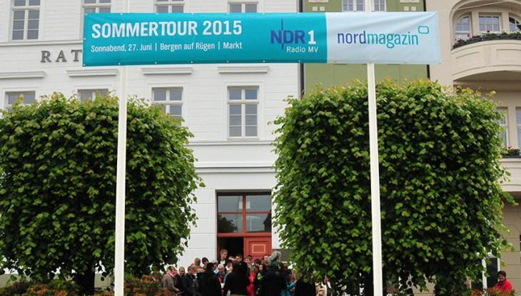 Nichts zu verBERGEN: Großes Staraufgebot bei der NDR-Sommertour 2015
