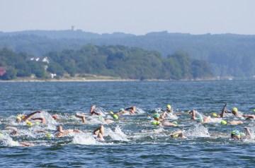 Schwimmend von Insel zu Insel: 18. Vilmschwimmen im August