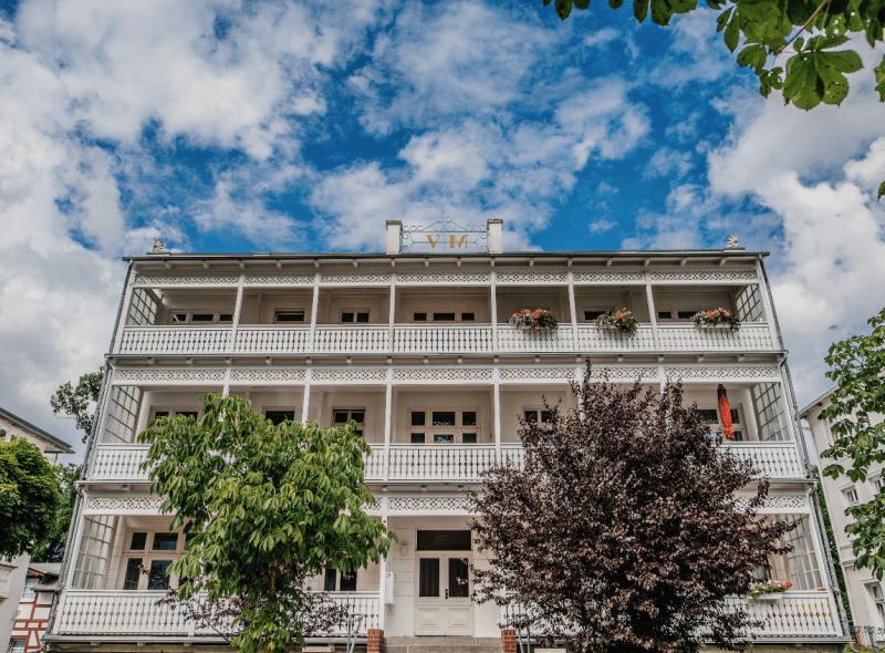 Rügens Bäderarchitektur – weiße Perlen an der Ostseeküste