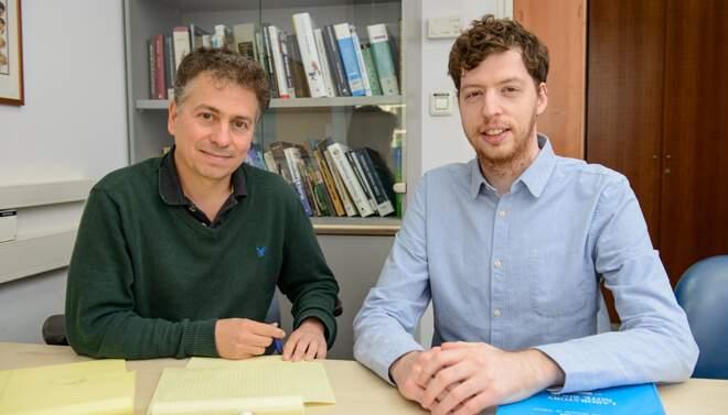 מימין: עידן פרומקין ופרופ' יצחק פלפל