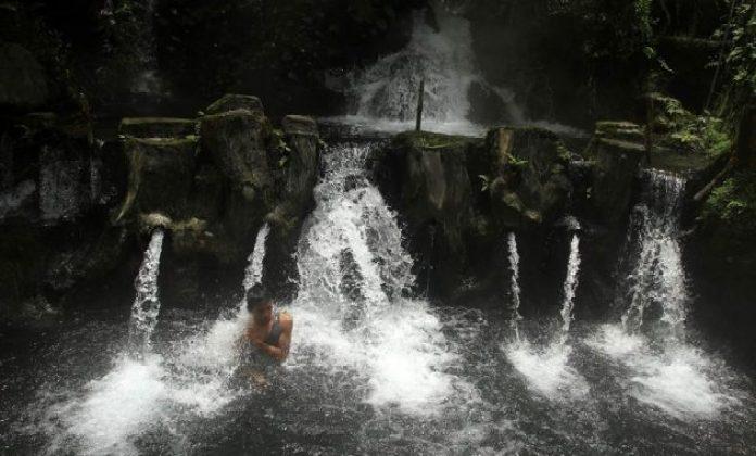 wisata pemandian air panas alami guci, tegal jawa tengah